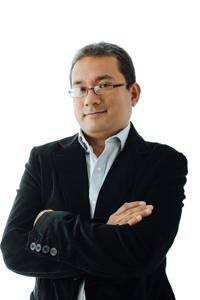 CONOCENOS: Instructor Pedro Gutierrez